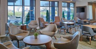 Courtyard by Marriott Indianapolis Castleton - Indianapolis - Lounge