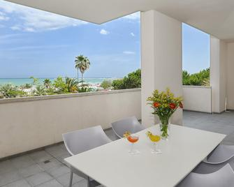 Valentino Resort - Grottammare - Балкон
