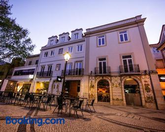 De Pedra e Sal Hostel & Suites - Setúbal - Edificio