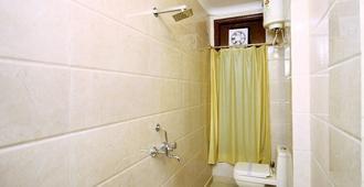 Hotel Royal Queen - Niu Đê-li - Phòng tắm
