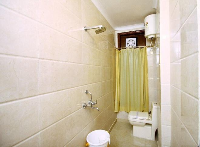 Hotel Royal Queen - New Delhi - Bathroom