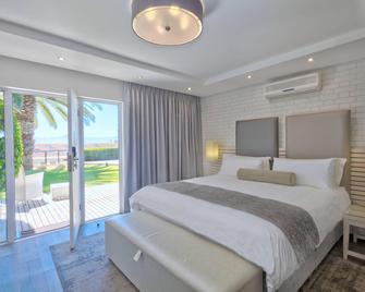 Protea Hotel by Marriott Mossel Bay - Mossel Bay - Schlafzimmer