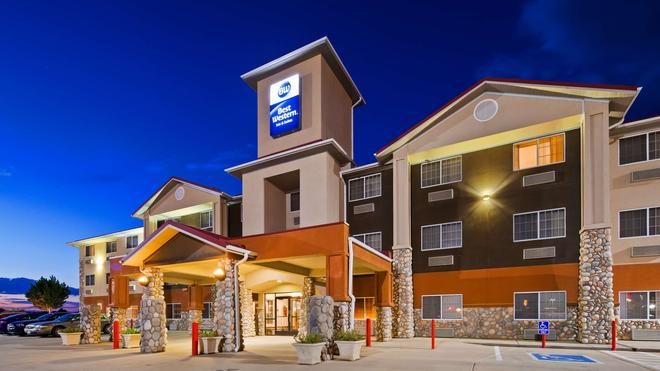 Best Western Firestone Inn & Suites - Firestone - Gebäude