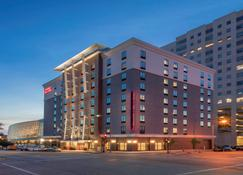 Hampton Inn & Suites Tulsa Downtown, OK - Tulsa - Building