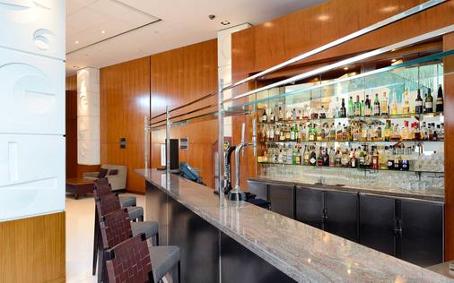 Canary Riverside Plaza Hotel - Λονδίνο - Bar