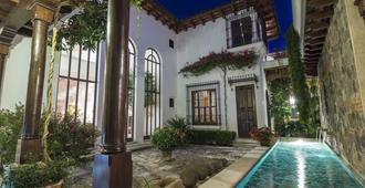 San Rafael Hotel - Antigua - Pool