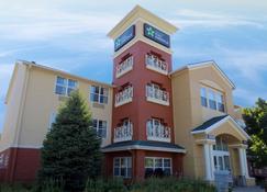 Extended Stay America - Detroit-Auburn Hills-Featherston Rd. - Auburn Hills - Building
