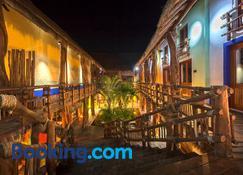 Hotel El Pueblito - Holbox - Rakennus