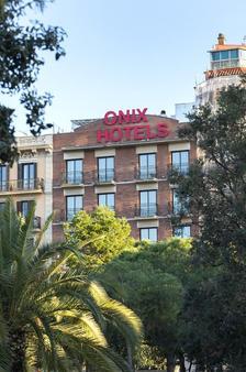 Onix Fira - บาร์เซโลนา - อาคาร
