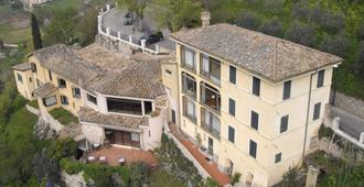 Hotel Gattapone - Spoleto - Gebäude