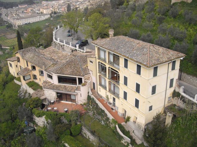 Hotel Gattapone - Spoleto - Rakennus