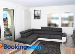 Le Lyrique - Annecy - Living room