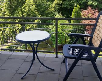 Hotel Nümbrecht - Numbrecht - Балкон