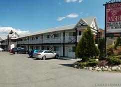 Rosedale Motel - Summerland - Building
