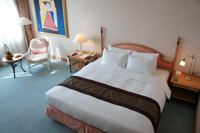 Hanoi Daewoo Hotel - Hà Nội - Phòng ngủ