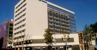 Travelodge Barcelona Poblenou - Barcelone - Bâtiment
