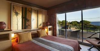 Grande Real Santa Eulalia Resort & Hotel Spa - Albufeira - Bedroom