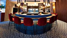 U Eat & Sleep Antwerp - Antwerpen - Bar