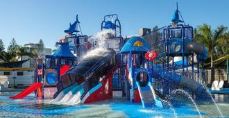 Oaks Sunshine Coast Oasis Resort - Caloundra