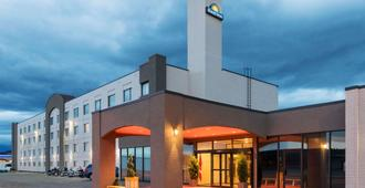 Days Inn & Conference Centre by Wyndham Cranbrook - Cranbrook