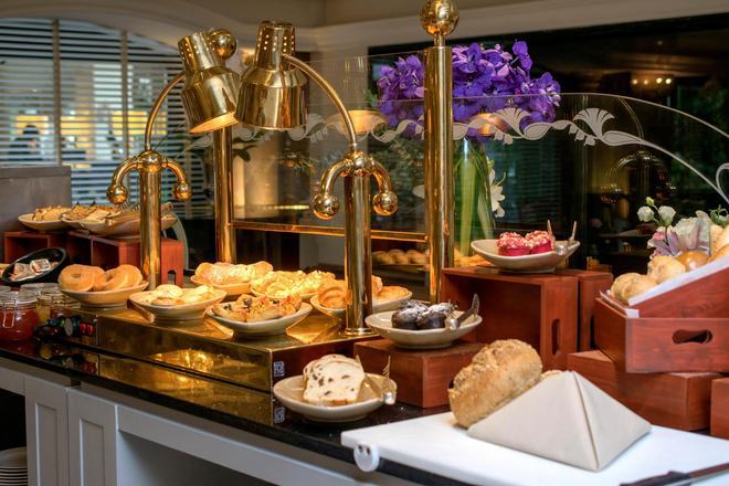 素戈孫酒店 - 曼谷 - 自助餐