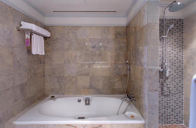 素戈孫酒店 - 曼谷 - 浴室