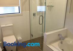 Acacia Lake View Motel - Taupo - Phòng tắm