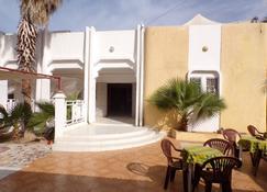 Le Triskell Auberge - Hostel - Nouakchott - Patio