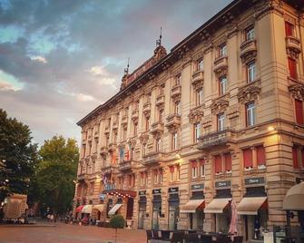 Grand Hotel Regina - Salsomaggiore Terme - Building