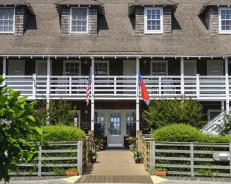 The First Colony Inn - Nags Head - Gebouw