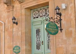 Hotel Valide Hanim Konak - Nicosia - Vista del exterior