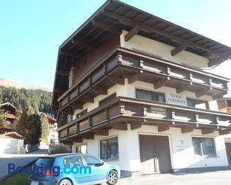 Haus Marion - Tux-Vorderlanersbach - Building
