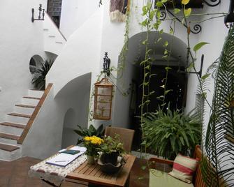 La Casa de Bovedas Charming Inn - Arcos de la Frontera - Patio