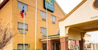 Quality Inn & Suites - Waco