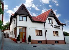 Pensiunea Transilvania - Sibiu - Edificio