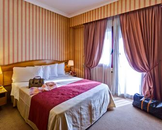 Best Western Hotel Rome Airport - Fiumicino - Bedroom