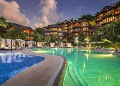 Marigot Bay Resort and Marina - Marigot Bay - Pool
