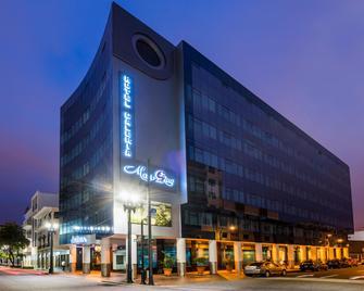 Exe Galería Man-Ging - Guayaquil - Edificio