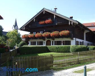 Gästehaus Banik - Seeon-Seebruck - Gebouw