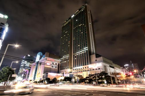Lotte Hotel Busan - Μπουσάν - Κτίριο