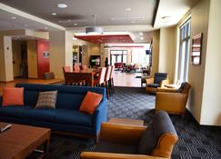 TownePlace Suites by Marriott Lawrence Downtown - Lawrence - Σαλόνι ξενοδοχείου