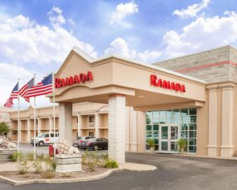 Ramada Hotel & Conference Center by Wyndham Hammond - Hammond - Building