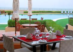 Masira Island Resort - Şūr Maşīrah - Restaurant