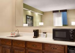 Baymont by Wyndham Ormond Beach - Ormond Beach - Κρεβατοκάμαρα