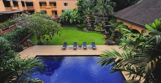 Holiday Garden Hotel & Resort Chiang Mai - Chiang Mai - Pool