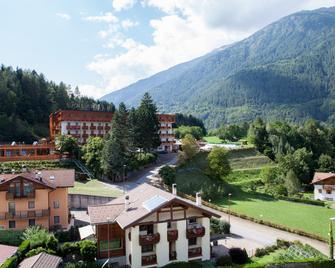 Hotel Sancamillo - Dimaro - Venkovní prostory