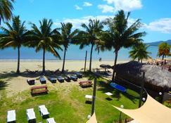 Tropic Of Capricorn - Nadi - Beach