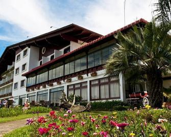 Hotel Renar - Fraiburgo - Будівля