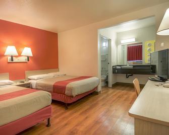 Motel 6 Chino Los Angeles Area - Chino - Ložnice