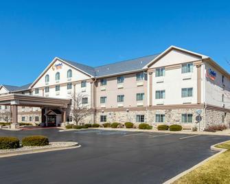 Comfort Suites Stevensville - St. Joseph - Stevensville - Building